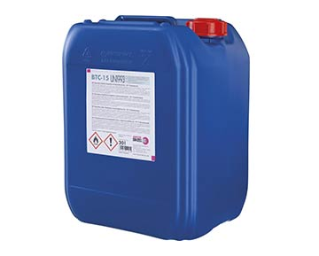 blauer Kanister für Kühlmittel